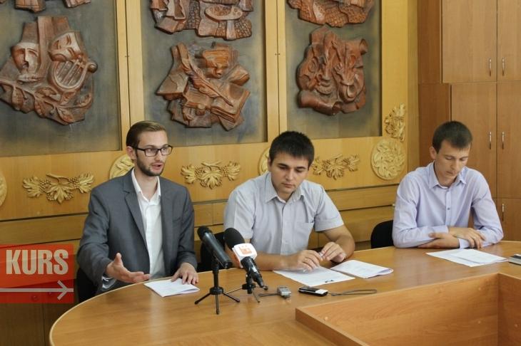 Громада Івано-Франківська зможе виносити на сесію міськради власні проекти рішень