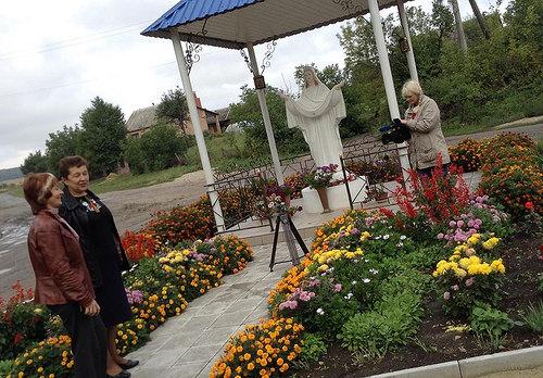 У селі на Рівненщині одесити знімають фільм про досвід самоорганізації