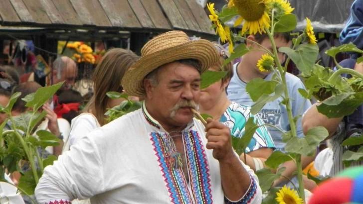 Староста в українському селі – з чим його їсти?
