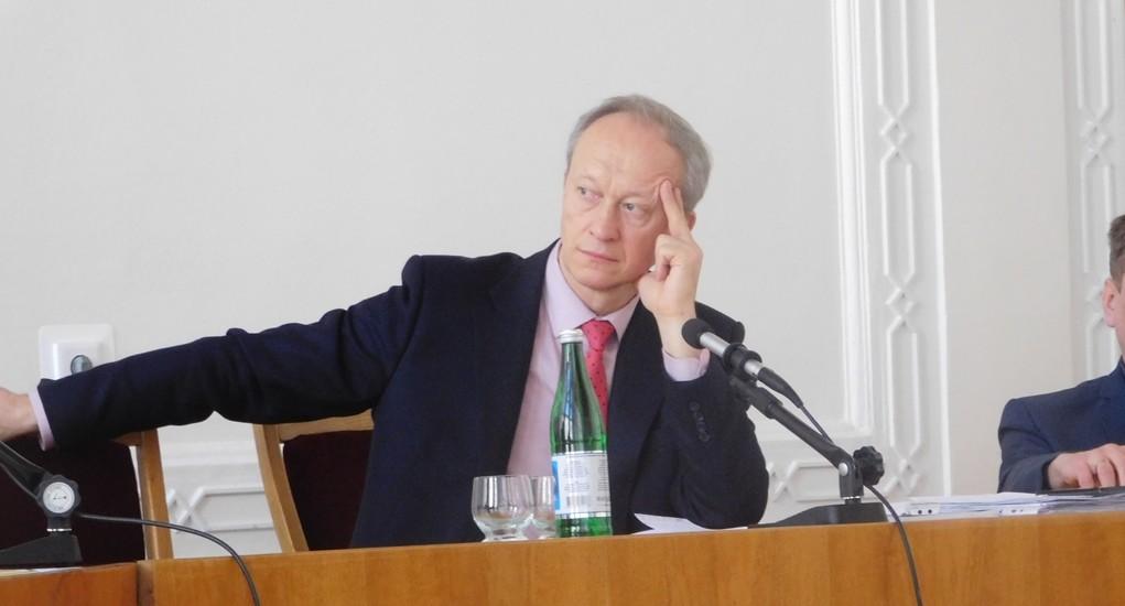 Андрій Крупник під час зустрічі у Волинській облраді