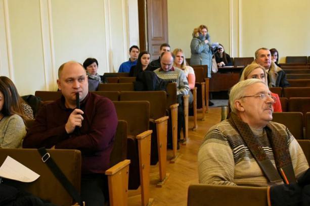 Представників громадських організацій навчали тенденціям розвитку громадянського суспільства