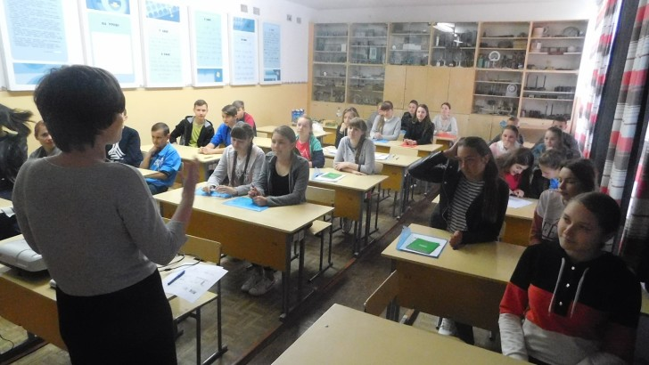 Продовжуються навчанння для старшокласників Цуманської ОТГ щодо їх права та обов'язків у розвитку громади
